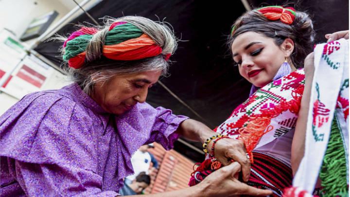 Extensa cultura llena de tradiciones y color