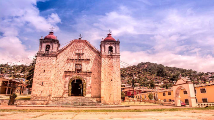 Templo de San Mateo Apóstol, santo patrono del lugar